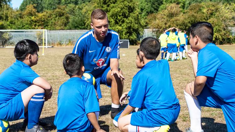 サッカー英語を通じた自然な英語力の習得
