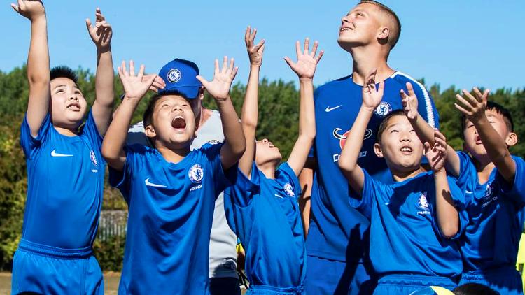 チェルシー サマーキャンププログラム サッカー留学