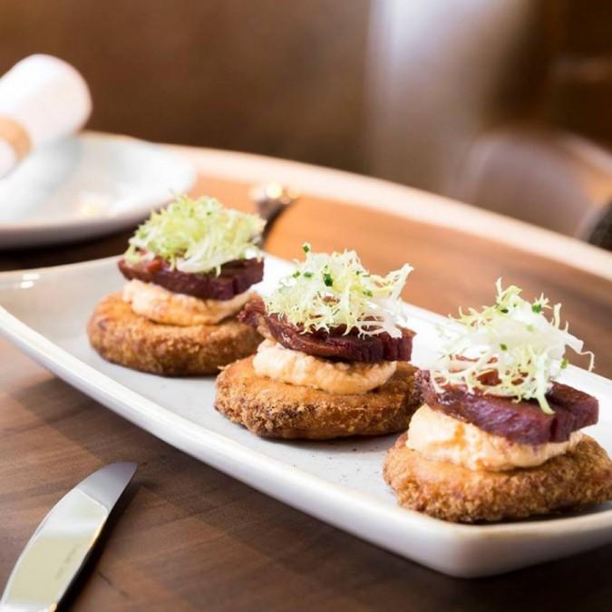 マイアミ レストラン Yardbird Southern Table & Bar(ヤードバード・サザン・テーブル&バー)