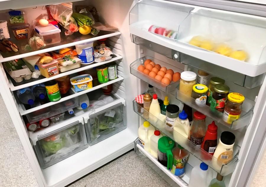 シェアフラットの共有冷蔵庫