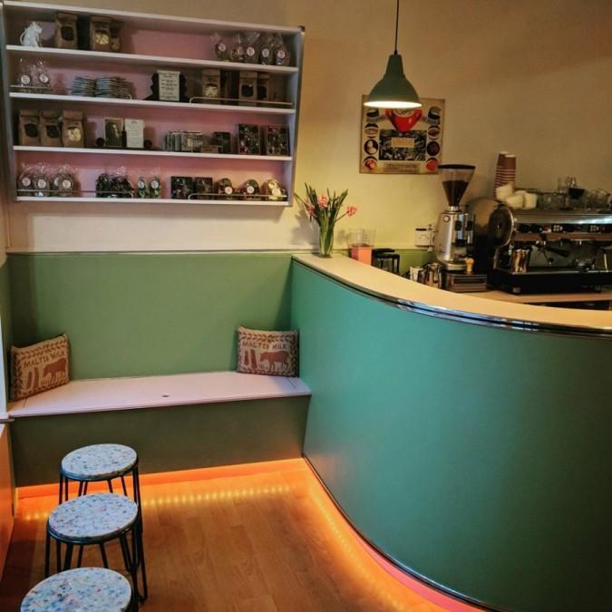 エディンバラ カフェ Mary's Milk Bar(メアリーズ・ミルク・バー)