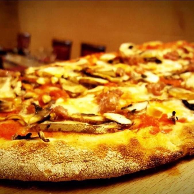 バレッタ レストラン Sotto Pizzeria