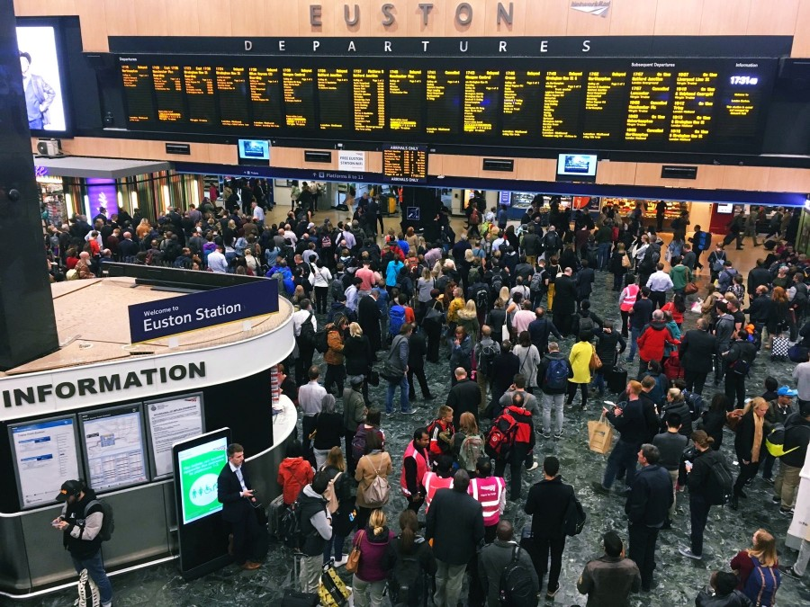 大学の最寄駅「Euston」