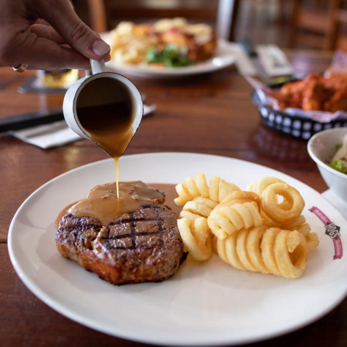 ゴールドコースト レストラン Hog's Breath Cafe