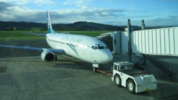 ニュージーランド行きの飛行機