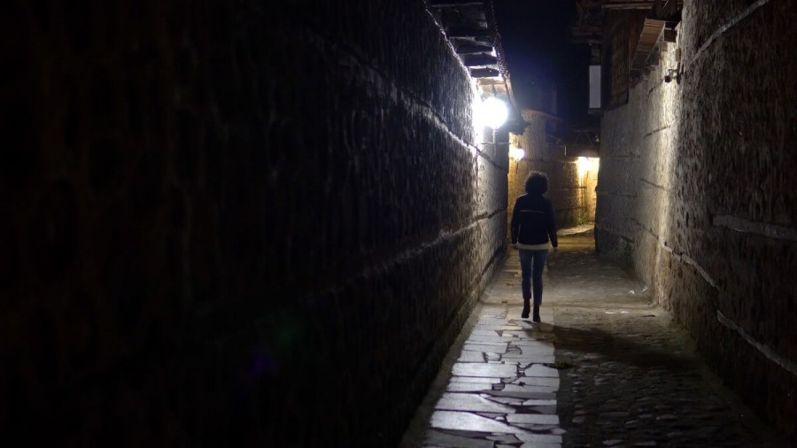 ビクトリア治安 夜の路地