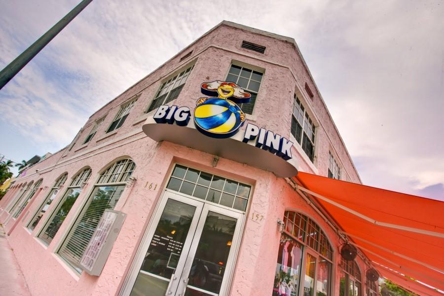 マイアミ レストラン Big Pink(ビッグ・ピンク)