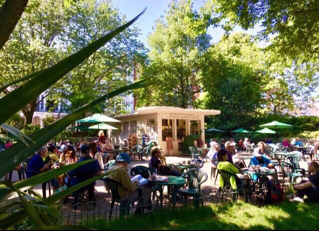 ブライトン カフェ Pavilion Gardens Cafe(パビリオンガーデンズカフェ)
