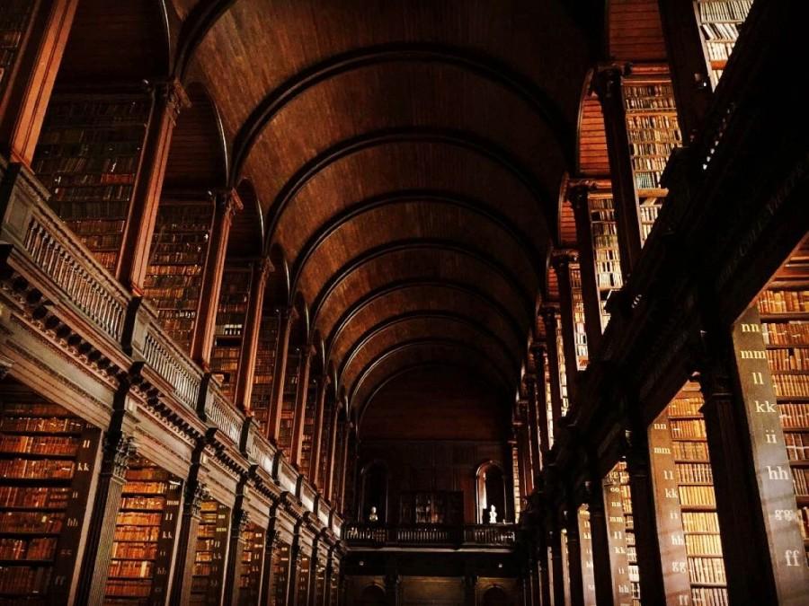 トリニティカレッジの図書館