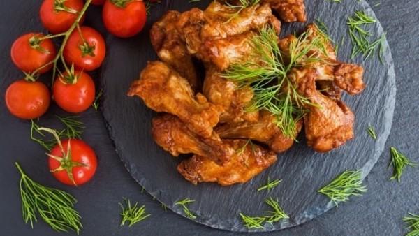 バッファローチキンウイング (Buffalo wing)