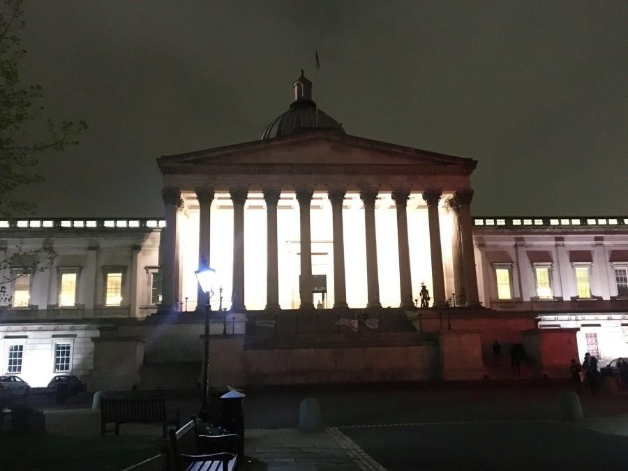 夜のUCLキャンパス