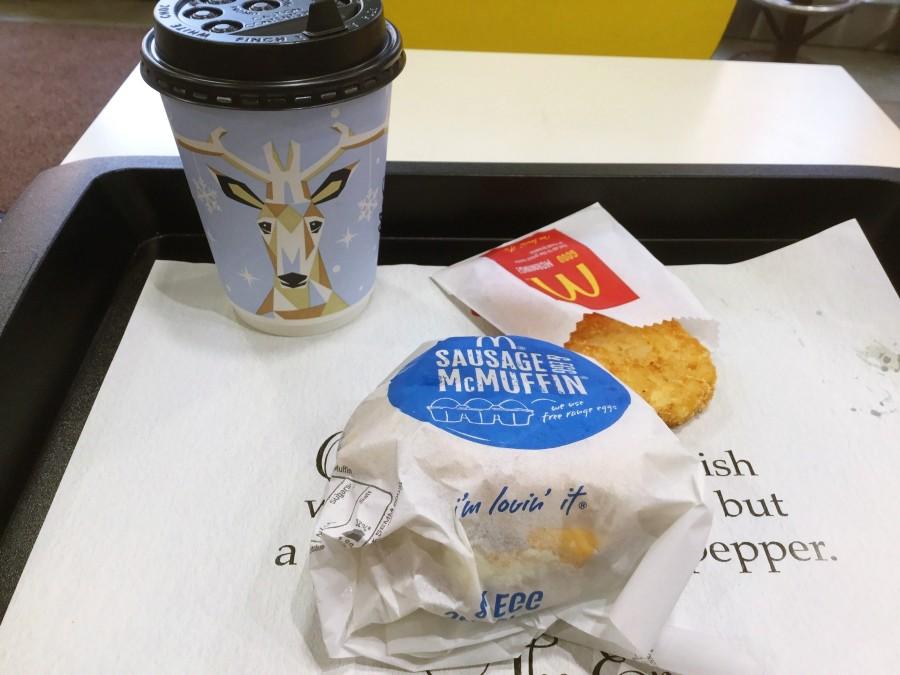 マクドナルドのソーセージエッグマフィンセット