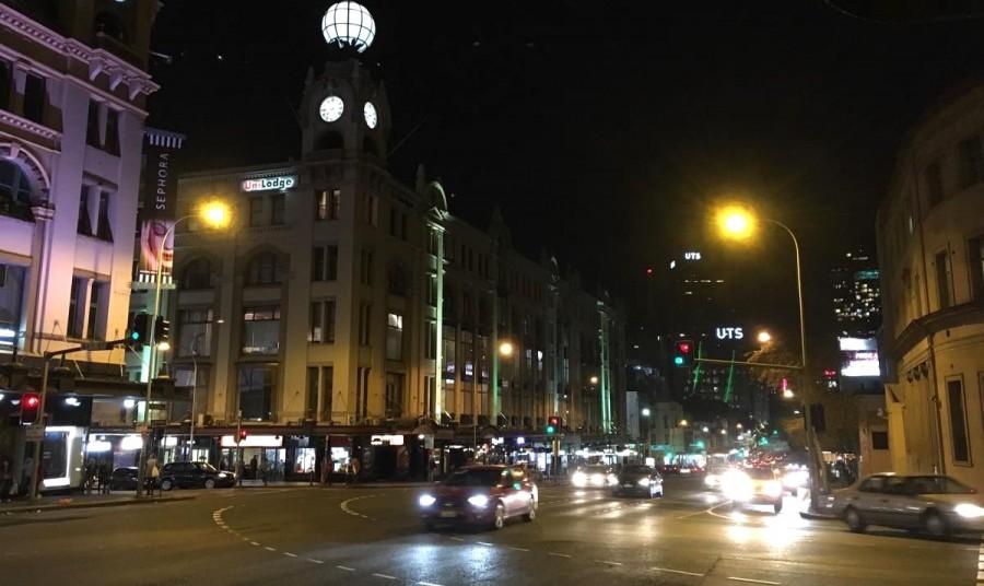 オーストラリアの夜道