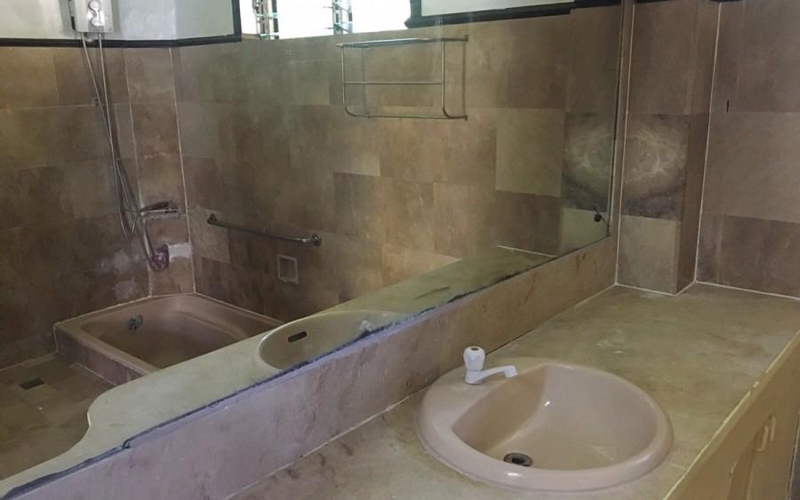 寮のトイレ・バスルーム