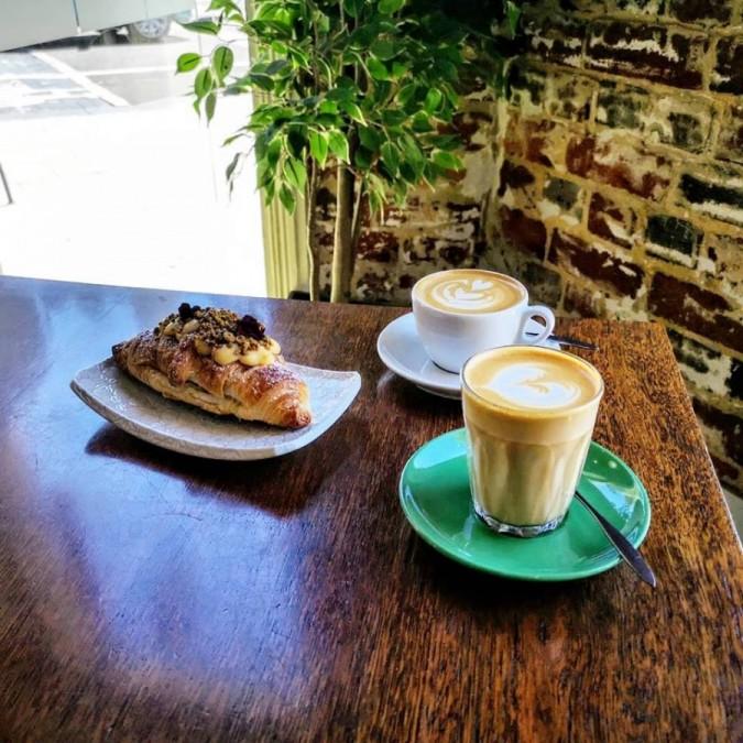 パース カフェ La Veen Coffee