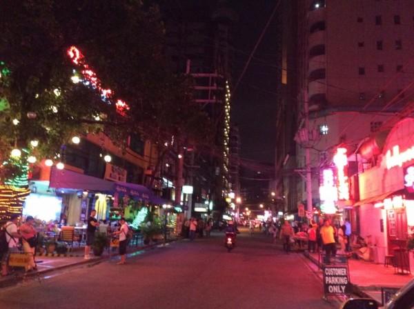 フィリピンの夜中に一人で歩かない