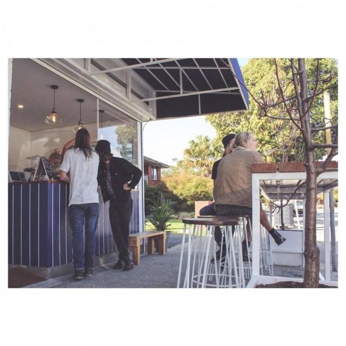 パース カフェ Kafka coffee shop