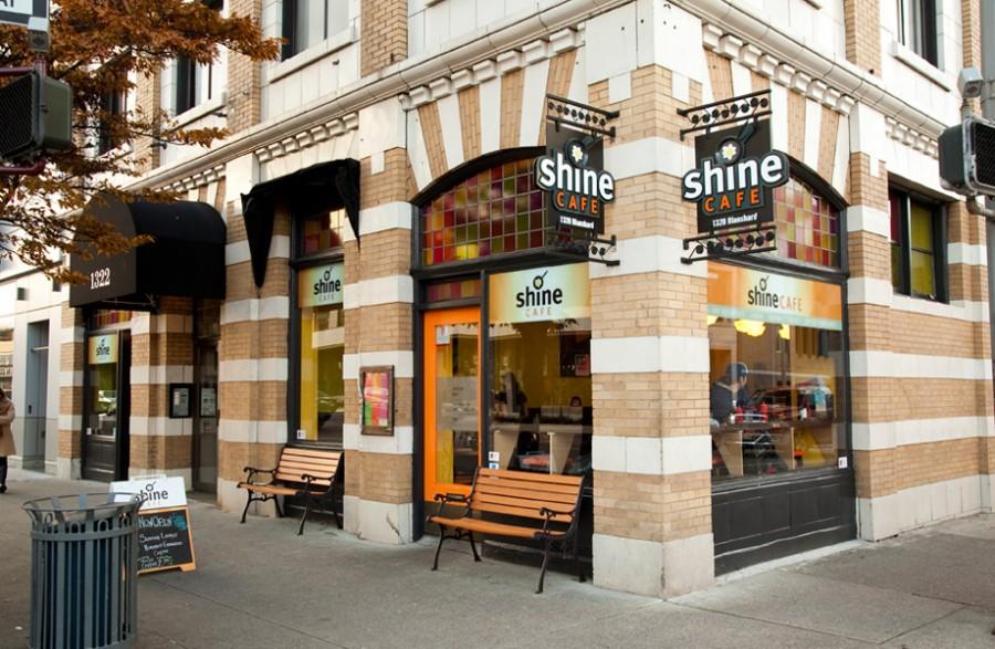 ビクトリア カフェ Shine Cafe