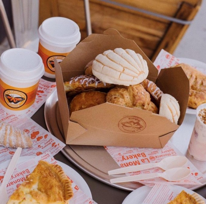 La Monarca Bakery(ラモナークベーカリー)