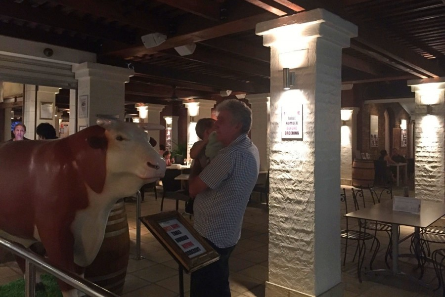 ブリスベンでオージービーフを食べるならここで! Norman Hotel