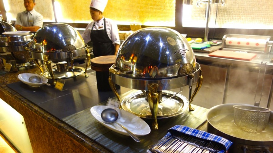 インターナショナルレストラン「UNO」のスープコーナー