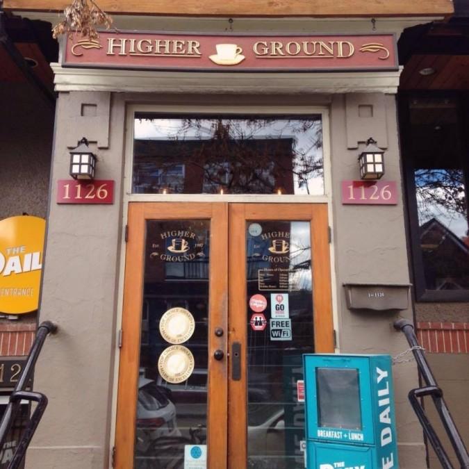 カルガリー カフェ Higher Ground Cafe(ハイアー・グラウンド・カフェ)
