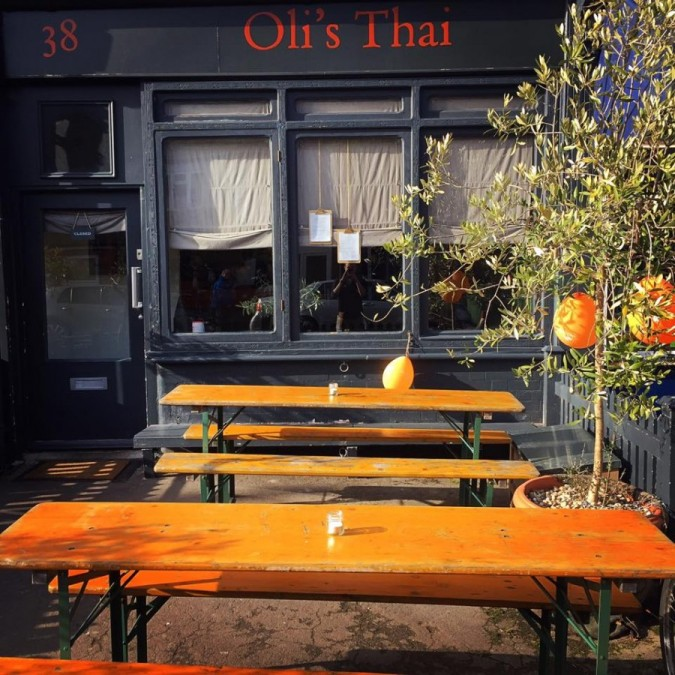 オックスフォード レストラン Oli's Thai(オリズ タイ)