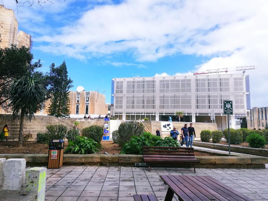 マルタ国立大学