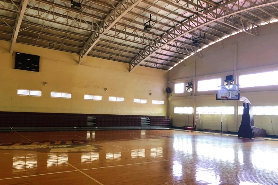 ENDERUN COLLEGESのバスケットボールコート