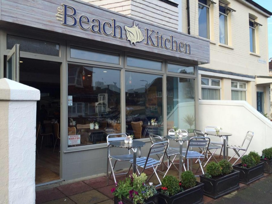 イーストボーン カフェ The Beach Kitchen