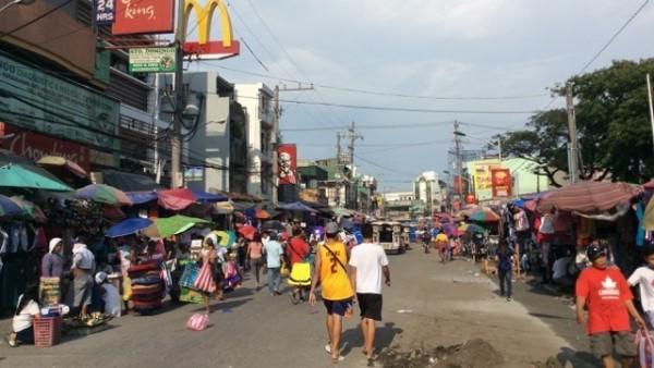 フィリピン・マニラにある巨大マーケット「バクララン」
