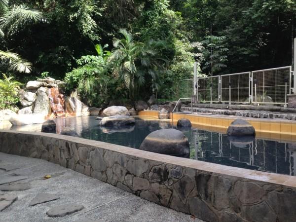 マンブカルの日本温泉