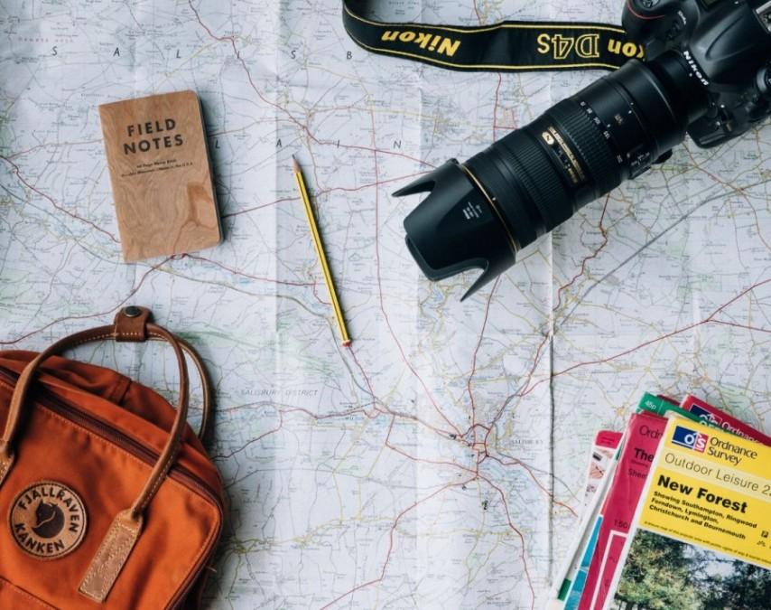 長期留学のメリットや短期留学との違い。おすすめの国や費用、準備などすべて解説します