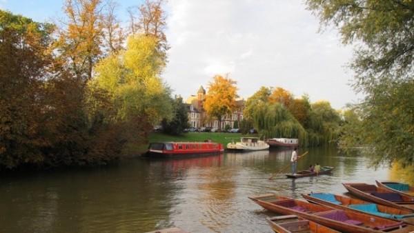 ケンブリッジを流れるケム川