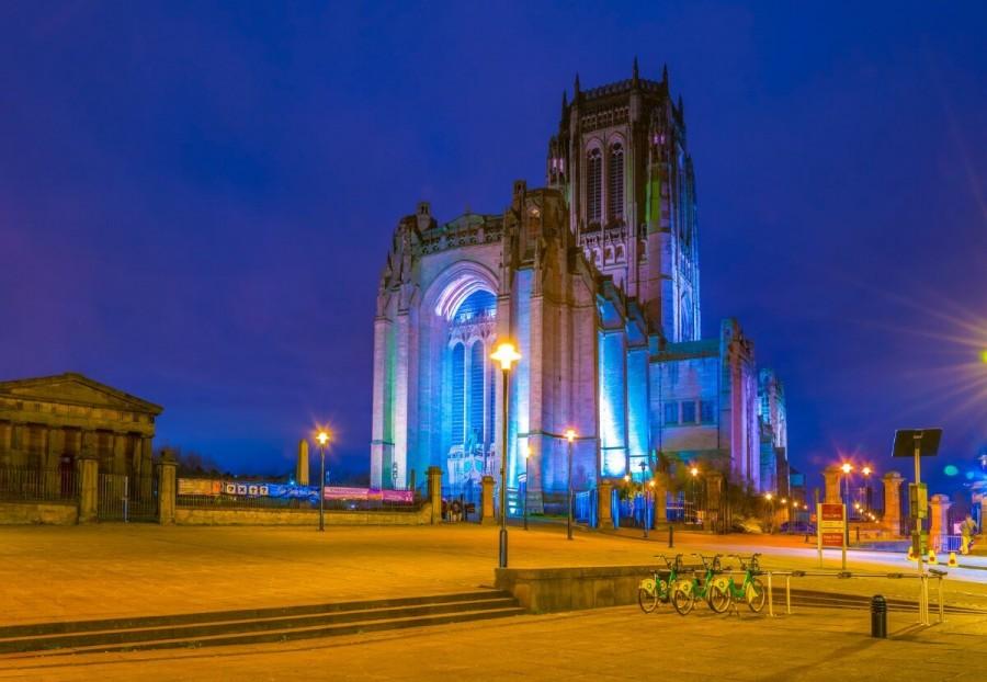 イギリス 観光 リヴァプール大聖堂