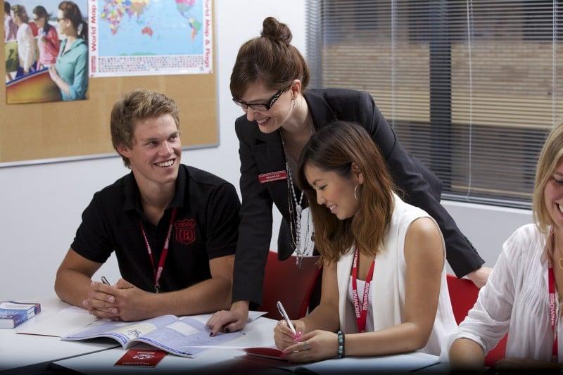 オーストラリア 留学 費用 1ヶ月 授業料