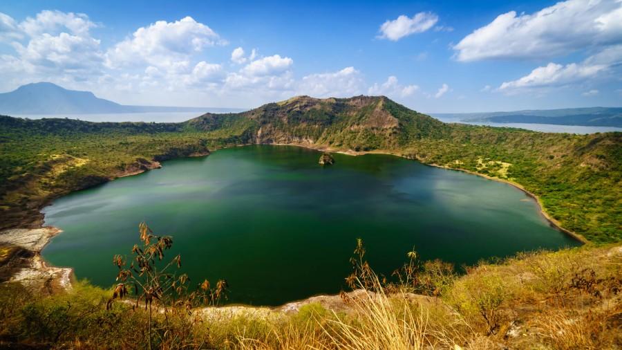 フィリピン 観光 タール湖