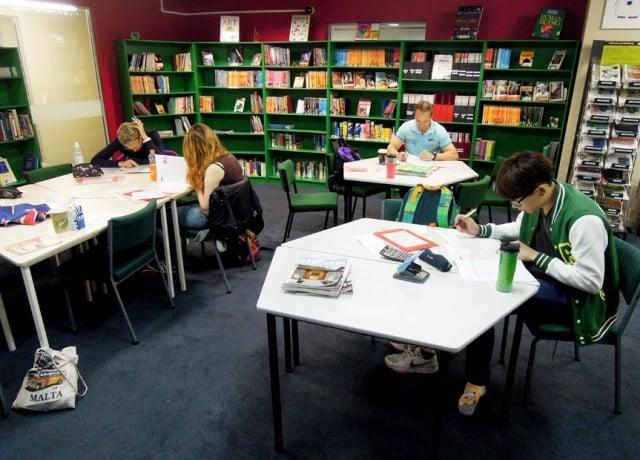 幅広いコースと種類があるプログラム、優れた施設と学習教材の豊かさ