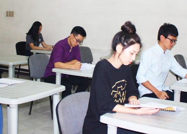ウィークリーテストとスピーキングモックテストで集中的IELTS試験対策