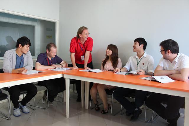 高い日本人比率だから安心して留学できる!