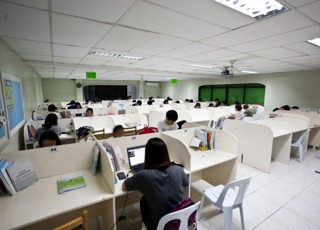 TOEIC等の各試験対策から3段階のビジネス英語と豊富なコースをご用意