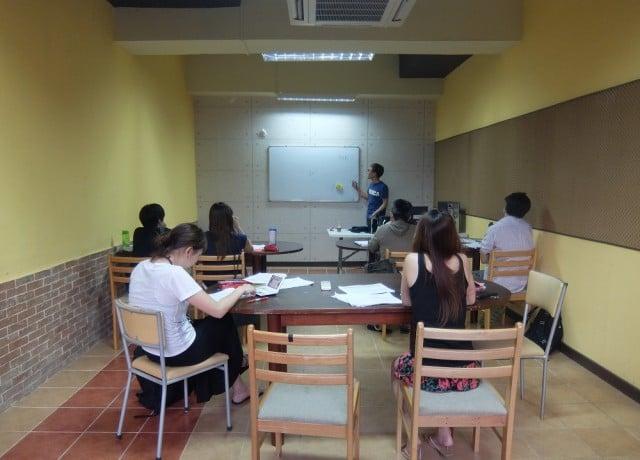 フィリピンで唯一、韓国人講師によるTOEICコース