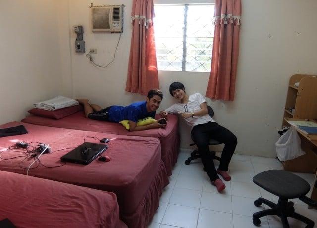 フィリピン人講師と一緒に住み、24時間正確な英語をインプット
