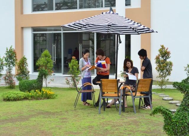 安全なクラーク地域にあり、日本人スタッフも在籍で安心した留学生活