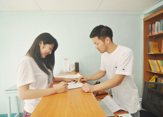 セブでも最高級の快適なコンドミニアム寮と日本人マネージャーのサポート!