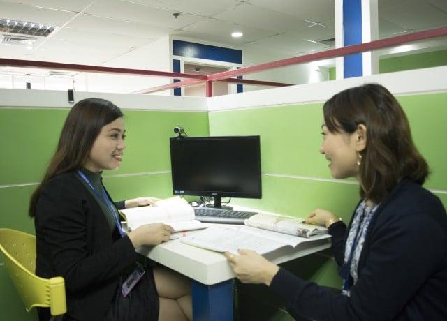 ビジネス中心の豊富な選択授業