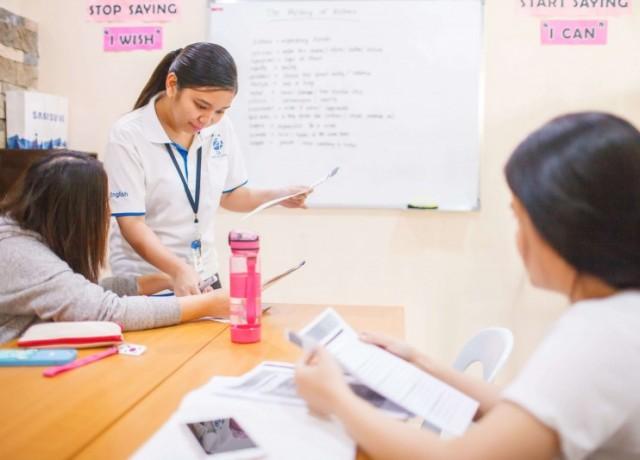 豊富なコースの中で実践的に英語を習得