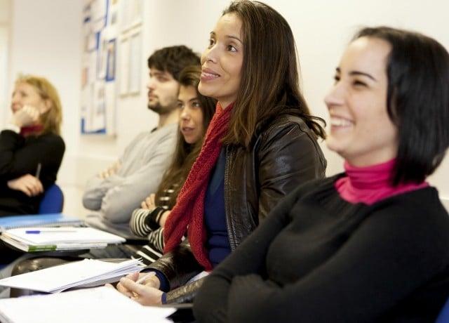 定期的なカウンセリングで留学の成功をサポート