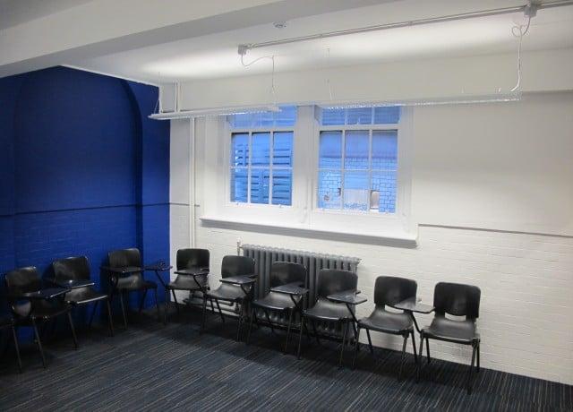 OHC ロンドンの校舎内観