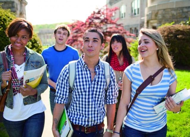 世界100ヵ国以上から留学生が集まる国際色豊かな環境